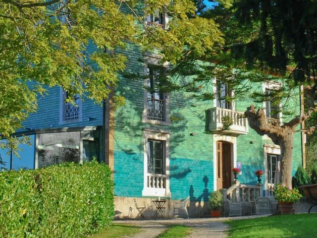 Aquí se puede apreciar la  arquitectura que presenta nuestro Hotel La Raposera