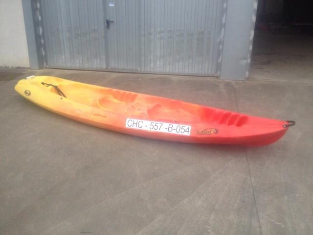 Kayak modelo Tribal de Rotomod
