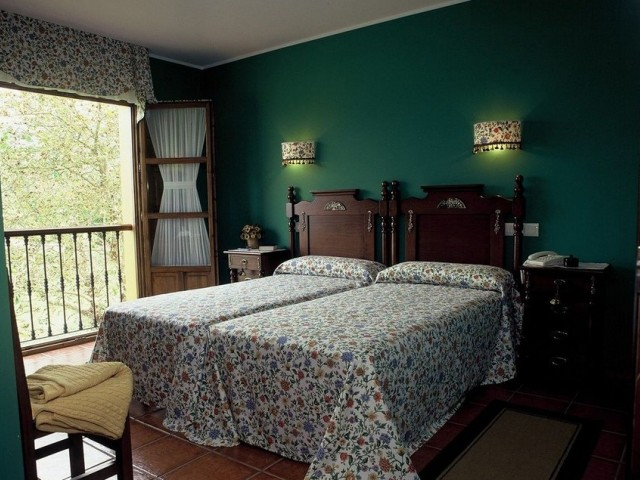 Nuestras habitaciones están decoradas con un estilo rural típico de la zona
