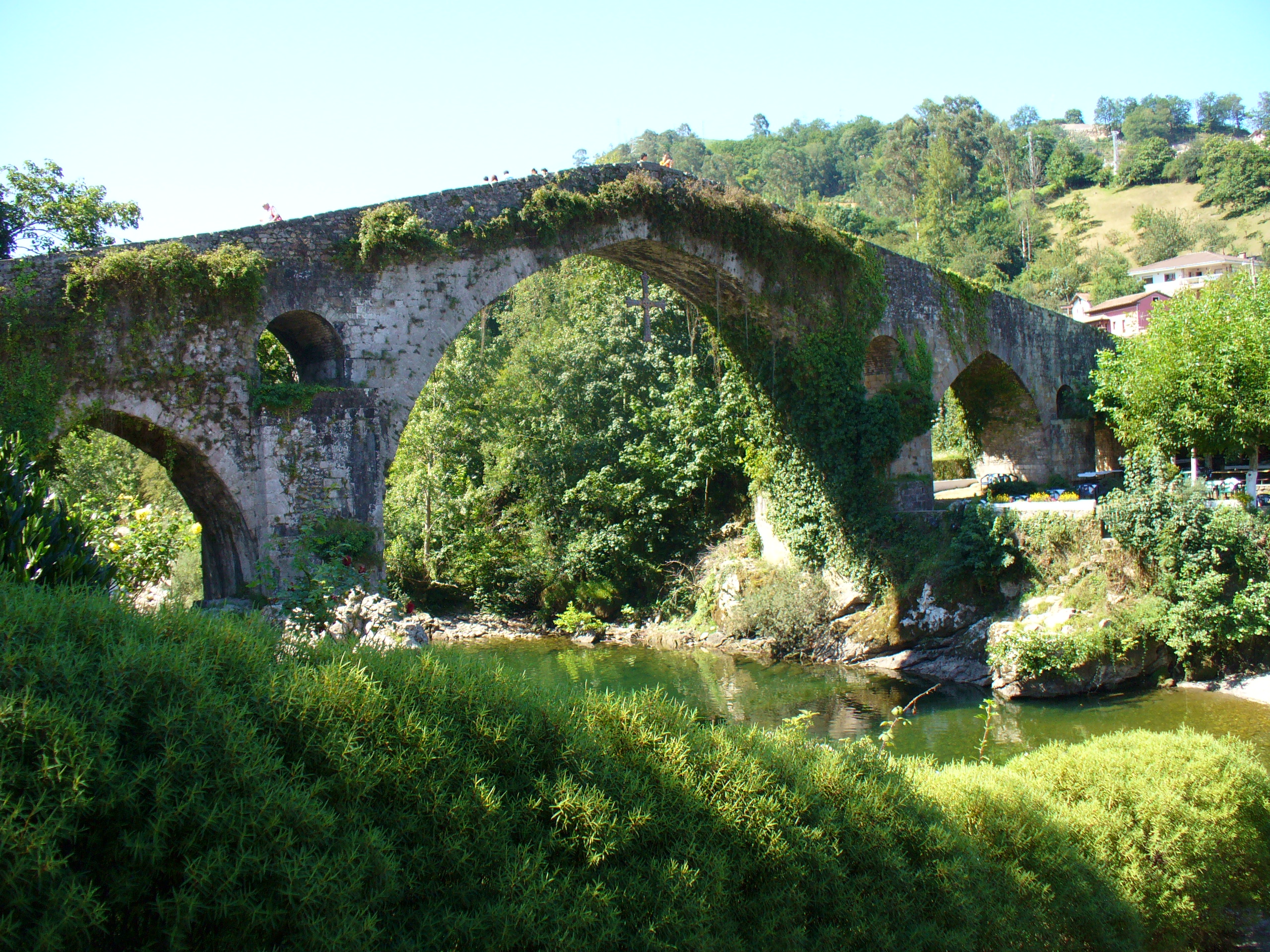 Puente Romanico Cangas de Onis