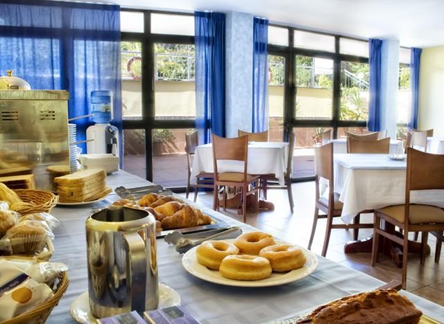 Zona de desayunos del hotel